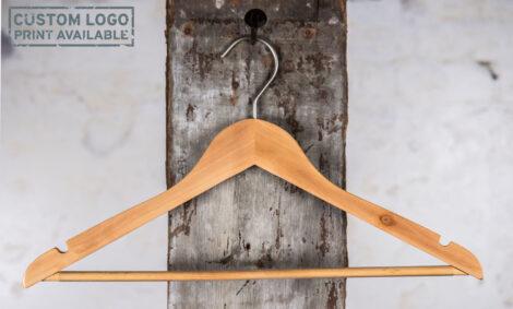 3_Carlton – natural shirt hanger